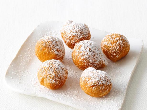 Фотография блюда - Итальянские пончики «Мини-зепполе»