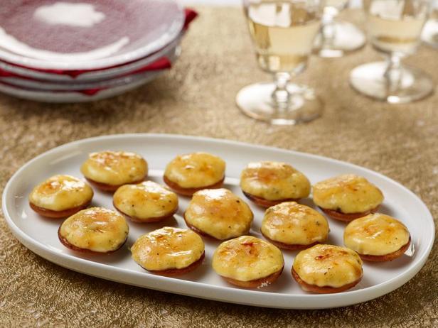 Фотография блюда - Крошечные пирожные крем-брюле