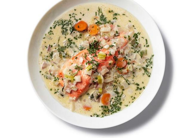 Фотография блюда - Чаудер с лососем и укропом в мультиварке