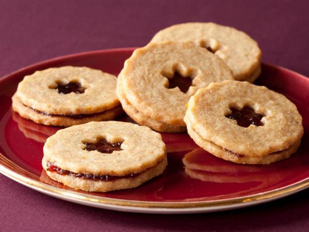 Фотография блюда - Линцское печенье с шоколадно-ореховой пастой
