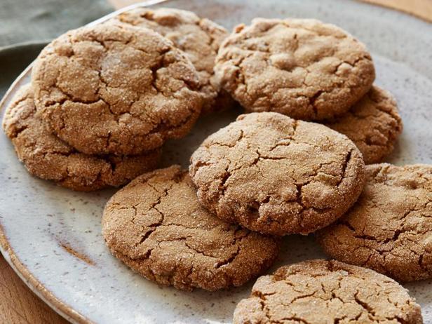 Фото блюда - Классическое имбирное печенье