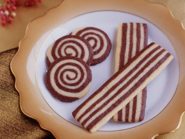 Фото блюда - Печенье «Полосатая лента»