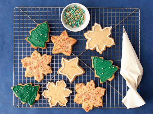 Фотография блюда - Сахарное печенье с королевской глазурью