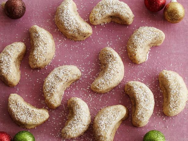 Фотография блюда - Печенье «Ванильные рогалики»
