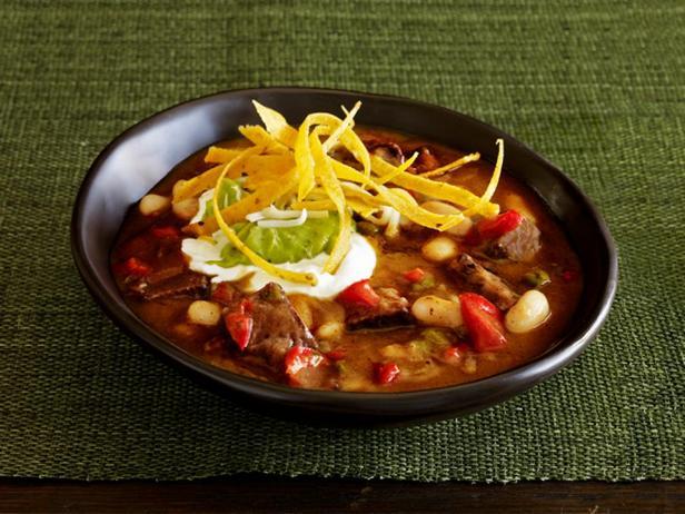 Фотография блюда - Чили-суп с говядиной фахитас