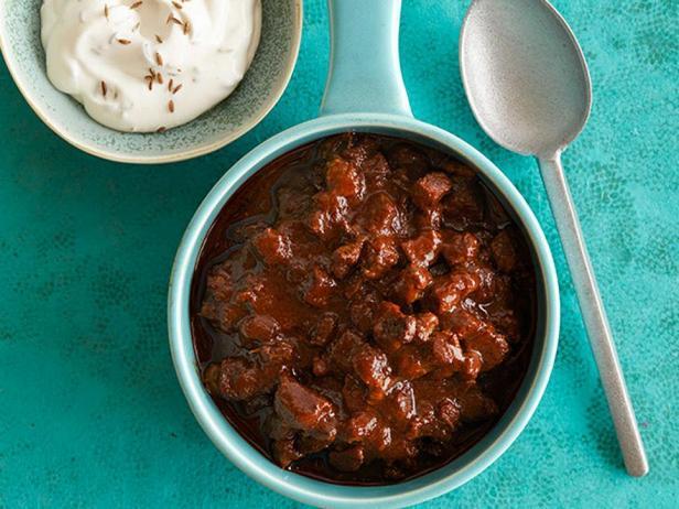 Фотография блюда - Красный чили с говядиной