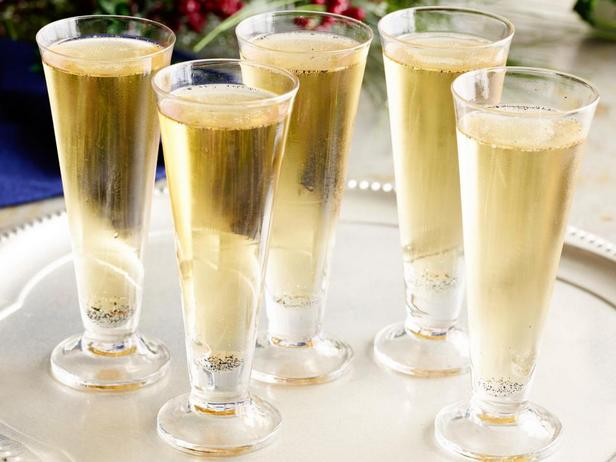 Фотография - Коктейль «Виски с шампанским»