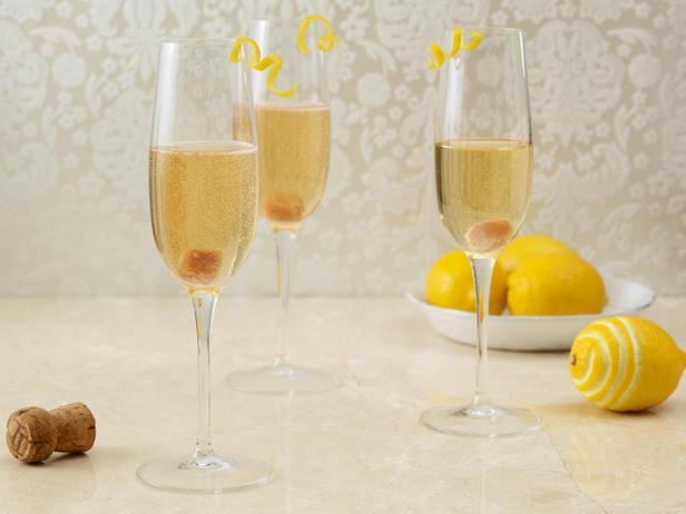Фотография - Коктейль с шампанским и биттером