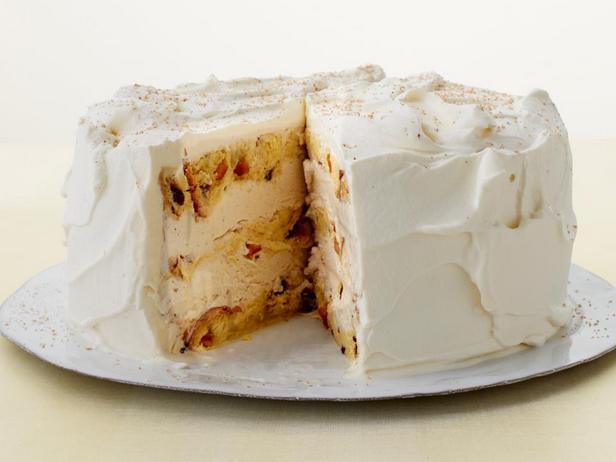 Фотография блюда - Торт-мороженое с панеттоне и со вкусом эгг-ног