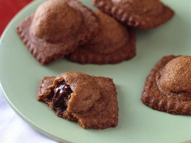 Фотография блюда - Сладкие равиоли со вкусом Смор