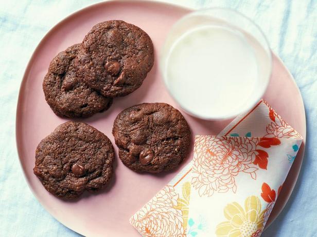 Фотография блюда - Безглютеновое печенье «Двойной шоколад»