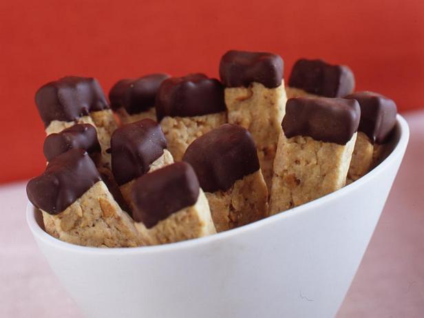 Фотография блюда - Ореховое печенье в шоколадной глазури