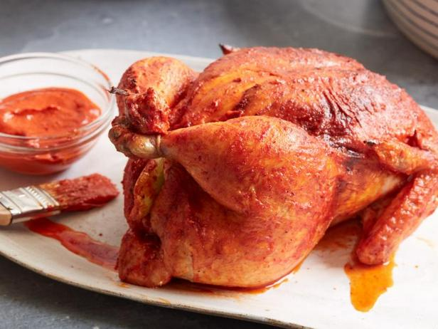 Фото Курица с марокканской хариссой в духовке