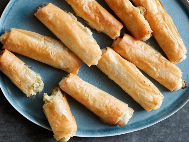 Фото Турецкие сигары с сыром и зеленью