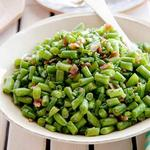Зелёная фасоль, обжаренная с беконом