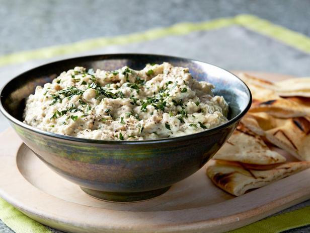 Бабагануш – ближневосточная закуска из печёных баклажанов