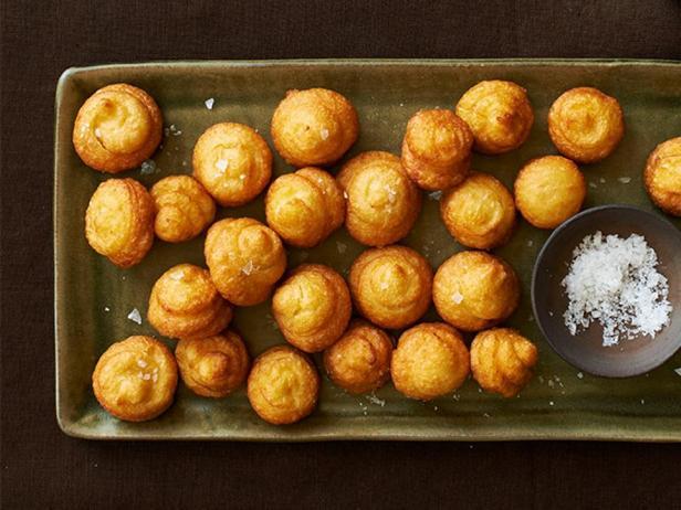 Воздушные пончики из картофельного пюре