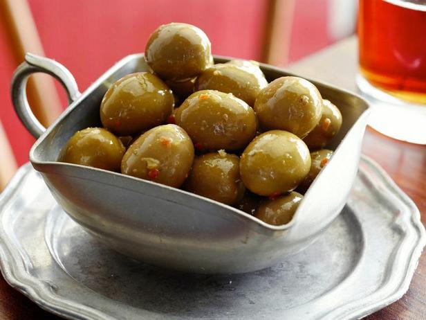 Маринованные оливки в цитрусовом маринаде