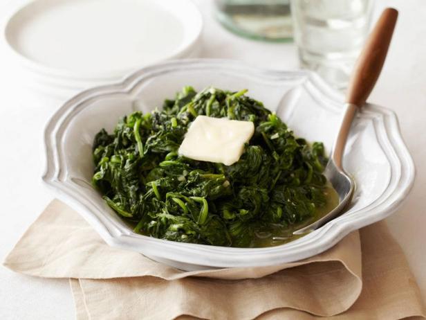 Фото Жареный шпинат с чесноком
