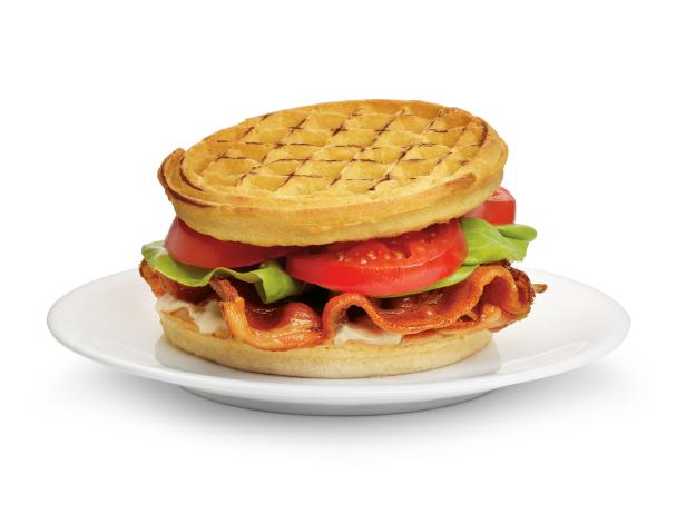 1. Сэндвич «BLT» с вафлями
