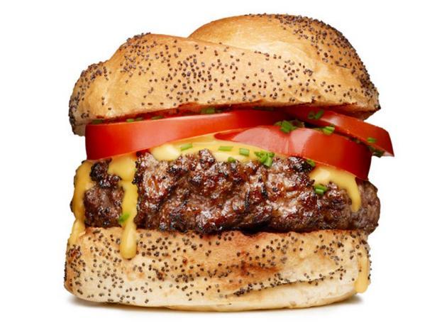 Гамбургеры с сырным соусом на пиве