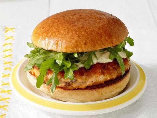 Идеальный бургер с лососем