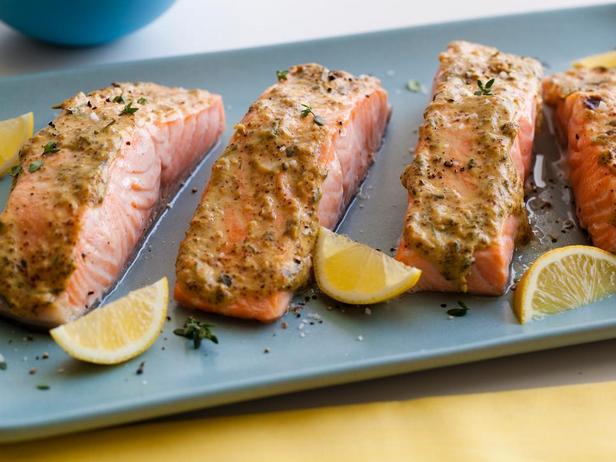 № 38: Запеченный лосось в глазури из горчицы с травами