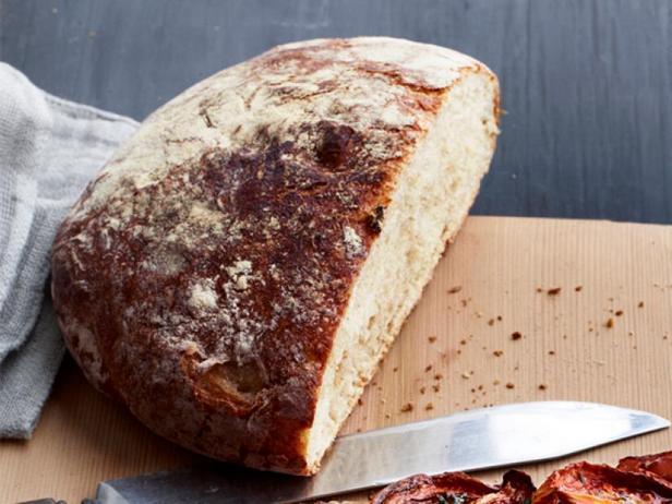 Фото Крестьянский хлеб без замеса