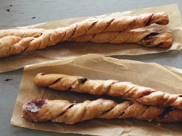 Полезные хлебные палочки с корицей