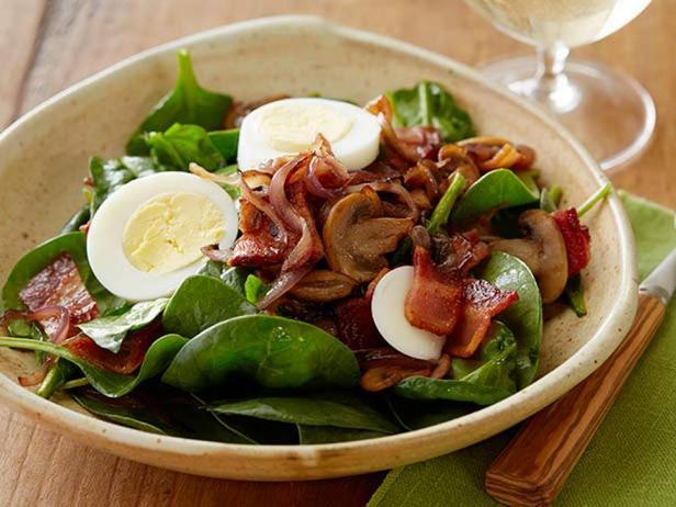 Идеальный салат со шпинатом
