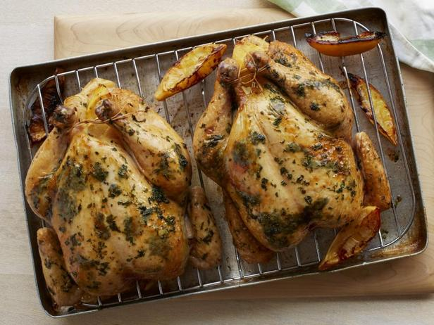 Курица в духовке с лимоном и зеленью