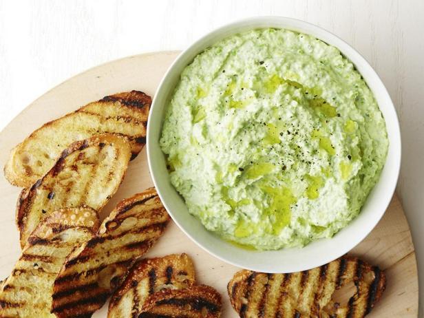 Дип-соус из зелёного горошка
