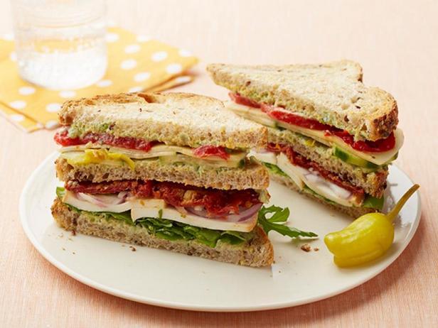 Фото Вегетарианский клаб-сэндвич