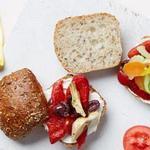 Сэндвич пан-банья с артишоками