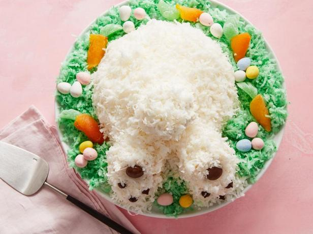 Фото Пасхальный торт «Кроличий хвостик»