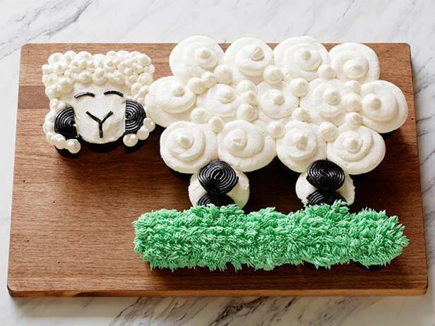 Торт из капкейков «Барашек»