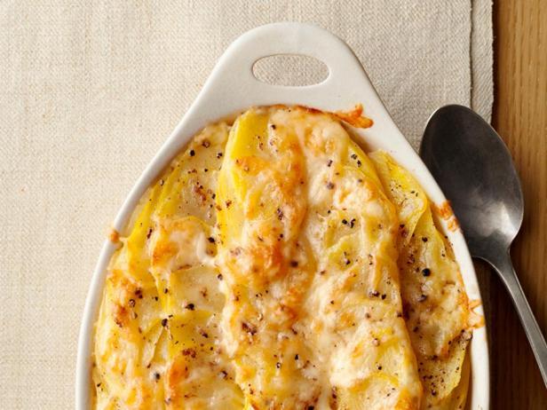 Картофельный гратен с сыром и сливками