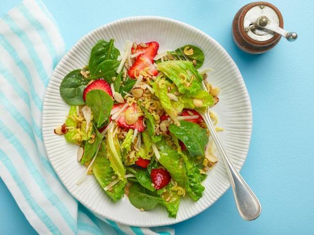 Фото Клубничный салат