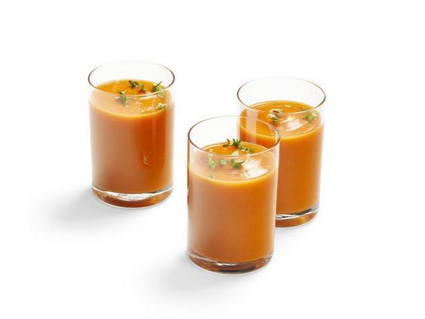 Фото Морковный крем-суп с тимьяном