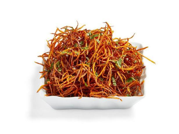 Хрустящая морковная соломка во фритюре