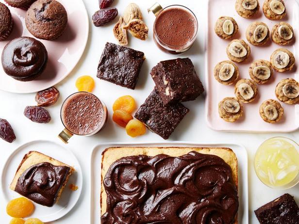 Фото Полезные сладкие десерты и напитки без сахара