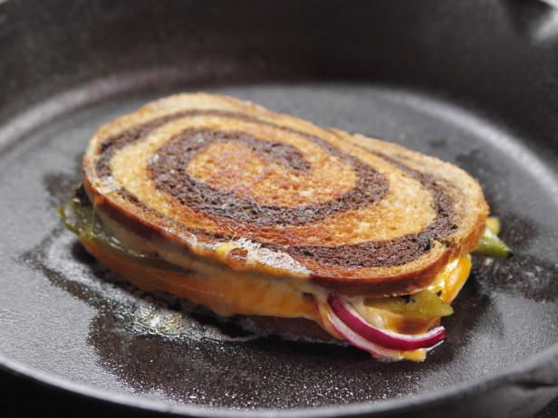 Фото Самый лучший горячий сэндвич с сыром