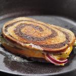 Самый лучший горячий сэндвич с сыром