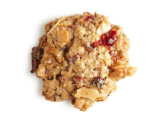 Овсяное печенье с орехами и сухофруктами