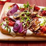 Пицца с жареными на гриле топпингами