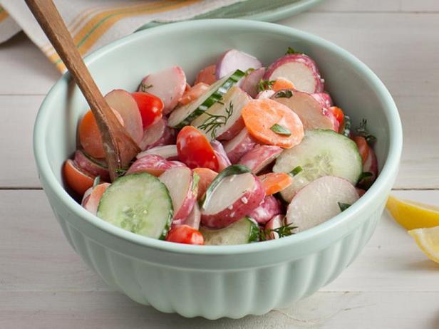 Фото Весенний картофельный салат