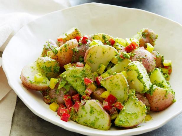 Фото Картофельный салат с песто