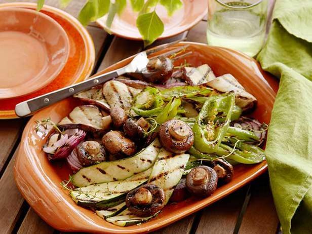 Фото Ассорти из жареных на гриле овощей