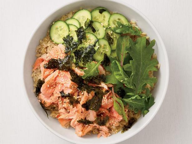Фото Боул с лососем и рисом