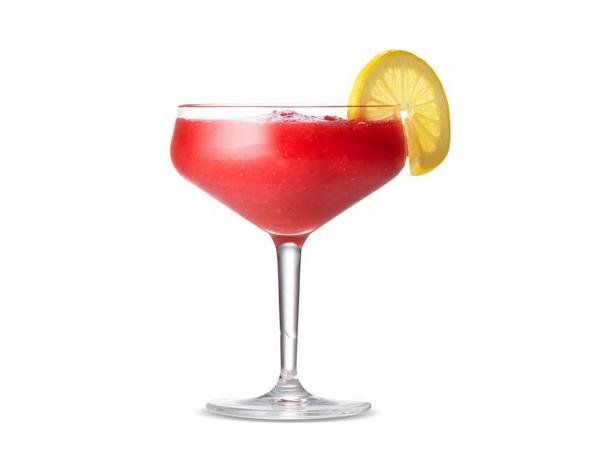 Фото Замороженный клубничный лимонад с джином